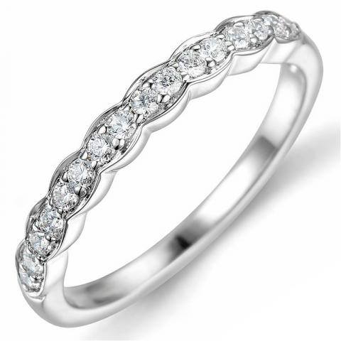 diamantring i 14 karat hvitt gull 0,24 ct