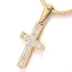 Bredt kors anheng i 9 karat gull