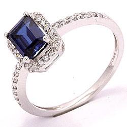 Flott ring i 8 karat hvitt