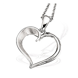 Scrouples hjerte anheng med halskjede i sølv