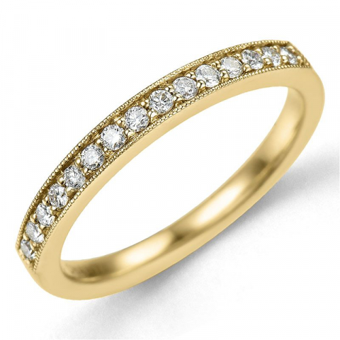 Smal diamantring i 14 karat gull 0,20 ct