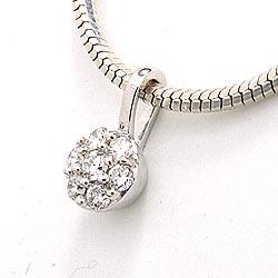 Diamant anheng i 14 karat hvitt gull 0,15 ct