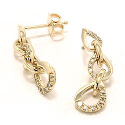 Diamantøredobb i 14 karat gull med diamant