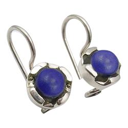 Fin lapis lazuli øredobber i oksidert sterlingsølv