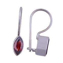 Rød granat øredobber i sølv