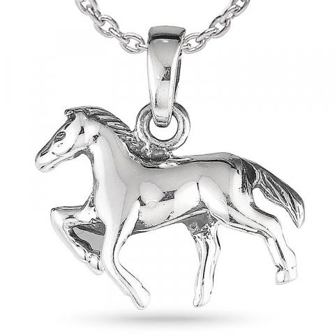 Hester halskjede i sølv med anheng i sølv