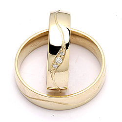 Moderne gifteringer i 9 karat gull 0,036 ct - par