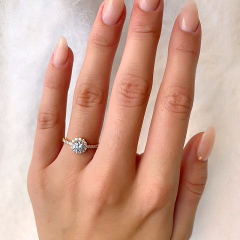 Søt fingerring i forgylt sølv