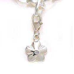 Blomst charm i sølv