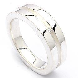 Bedårende zirkon sølv ring i rodinert sølv