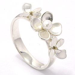 Vakker blomst perle ring i sølv